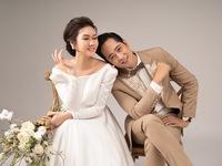 Mùa hoa tìm lại: Ngắm bộ ảnh cực đẹp đôi của tiểu thư Hương Giang và chạn vương Mạnh Hưng