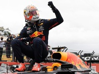 Verstappen on a roll with Red Bull after French win