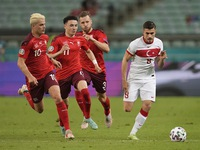 Football: Italy beat Wales as both teams advance to Euro 2020 last 16