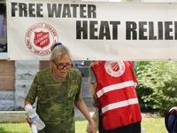 Bờ Tây nước Mỹ đối mặt với nắng nóng cực kỳ nguy hiểm