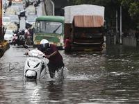Mưa lớn và lở đất gây sập nhà tại Ấn Độ, ít nhất 25 người thiệt mạng