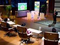 Shark Tank Việt Nam: Bị Shark cho rằng giống Google Street View, startup vẫn định giá 100 tỷ đồng