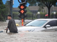 Chuyện nóng tuần qua: Biến thể Delta 'châm ngòi' làn sóng dịch mới, thiên tai càn quét từ châu Á đến châu Âu