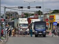 Phương tiện vận chuyển hàng hóa trong 19 tỉnh, thành phố giãn cách không cần xin giấy nhận diện