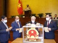 Quốc hội thống nhất cao về công tác nhân sự, trao 'thượng phương bảo kiếm' chống COVID-19