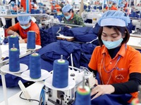 Vietnam earns nearly US$19 billion from textile exports in H1