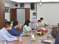 Solutions proposed to facilitate circulation of essential goods in HCMC