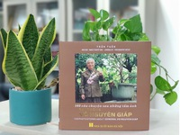 Photo book introduces 103 stories about General Vo Nguyen Giap