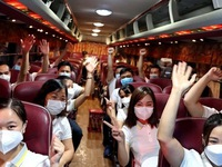 Hoa Binh medical workers join fight against COVID-19 in Binh Duong