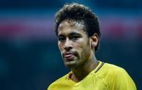Neymar bất ngờ nghỉ tập vì chấn thương