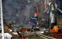 Cháy nổ và những kẽ hở trong công tác quản lý