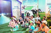 Hàng ngàn trẻ em vui chơi tại 'Thế giới sữa Vinamilk'