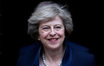 """[INFOGRAPHIC] Tiểu sử Theresa May - """"Bà đầm thép"""" thứ 2 của Anh"""