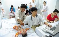 """""""Trái tim cho em"""" khám sàng lọc bệnh tim bẩm sinh miễn phí cho trẻ em Quảng Nam"""