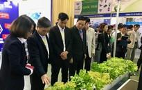 Hỗ trợ nông dân tiếp cận công nghệ trong sản xuất nông nghiệp