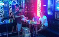 Nên hay không nên bán rượu bia trong quán karaoke?