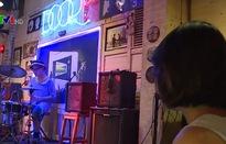Có nên thu tiền bản quyền âm nhạc tại quán cà phê?