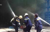 Đà Nẵng: Cháy gara sửa chữa ô tô, nhiều người thoát nạn