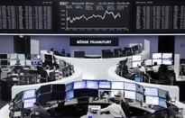 Thị trường chứng khoán Âu - Á đồng loạt giảm điểm