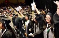 Ba chị em người Việt tốt nghiệp Trung học Mỹ với điểm cao nhất