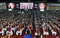 Màn biểu diễn múa 5.000 người ghi danh kỷ lục Guiness