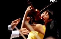 Tài năng trẻ Đỗ Phương Nhi biểu diễn violon tại Hà Nội