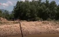 Lợi dụng khai thác khoáng sản để phá rừng