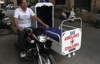 Ấn Độ: Biến xe máy thành... xe cứu thương