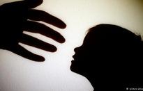 Làm gì chặn đứng vấn nạn bạo hành trẻ em?
