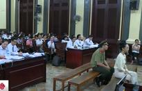 Hoa hậu Phương Nga tiếp tục giữ quyền im lặng trong phiên xử