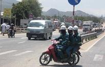 Đội mũ bảo hộ tham gia giao thông - Tiềm ẩn hậu quả khó lường