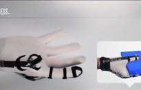 Găng tay giúp người dùng cảm nhận đồ vật ảo