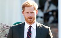 Hoàng tử Harry trở thành người Hoàng gia được yêu thích nhất nước Anh