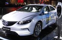 Trung Quốc yêu cầu các nhà sản xuất ô tô đáp ứng quy định tối thiểu về sản xuất xe điện