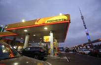 Đằng sau câu chuyện Nga tăng giá xăng