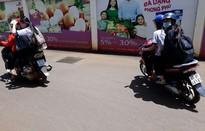 Khó khăn trong việc kiểm soát học sinh sử dụng xe phân khối lớn