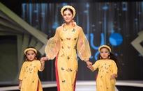 Hoa hậu Tiểu Vy diện áo dài rạng rỡ cùng dàn mẫu nhí