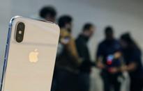 """Samsung """"gặp họa"""" vì iPhone X"""