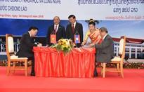 Việt Nam – Lào ký biên bản bàn giao Trung tâm đào tạo cán bộ quản lý KH&CN