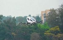 Taxi bay Trung Quốc thử nghiệm chở người