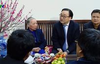 Lãnh đạo Đảng, Nhà nước thăm, tặng quà Tết cho gia đình chính sách, hộ nghèo