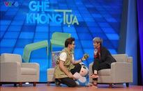 MC Công Tố táo bạo cầu hôn Vũ Cát Tường trên sóng truyền hình