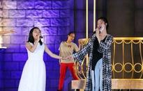 """Ca sỹ Đông Nhi và """"thần đồng Opera nhí"""" Phương Khanh nỗ lực tập luyện cho Gala """"Trái đất xanh"""""""