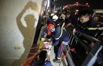 Cứu nam thanh niên rơi từ cầu Nhật Tân