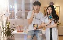 """""""Tình mới"""" của Hòa Minzy bất ngờ ghé thăm """"Bữa trưa vui vẻ"""""""