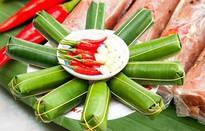 Đặc sản Nem chua - thịt, tỏi, collagen và....