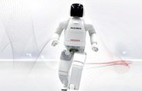 Honda ngừng phát triển người máy Asimo
