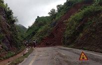 Mưa lớn kéo dài, Quốc lộ 6 ở Sơn La sạt lở nghiêm trọng