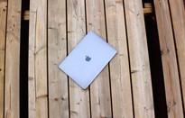 MacBook Pro 2018 vừa ra mắt đã dính lỗi quá tải nhiệt gây giảm hiệu năng nghiêm trọng