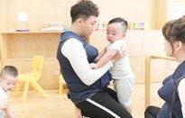 Khi đàn ông mang bầu: Lắm chiêu nhưng Trấn Thành, Trường Giang cũng bất lực trước các em nhỏ